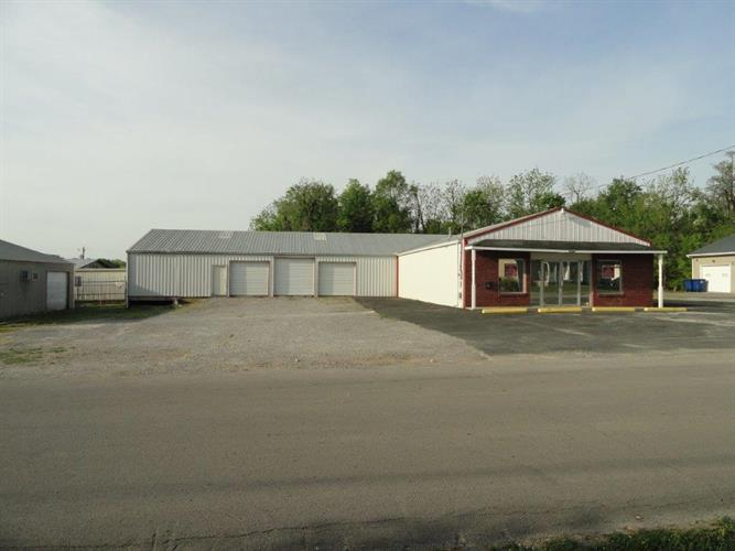 116 East Highland Avenue, Shelbyville, TN 37160 - Image 1