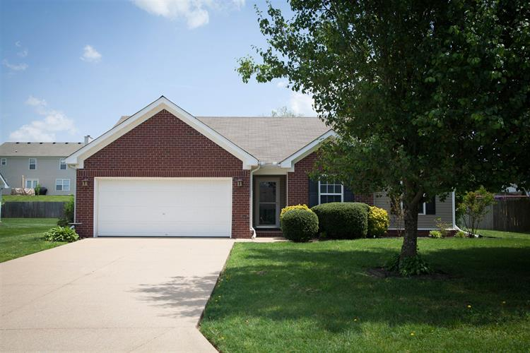 2218 New Port Drive, Spring Hill, TN 37174
