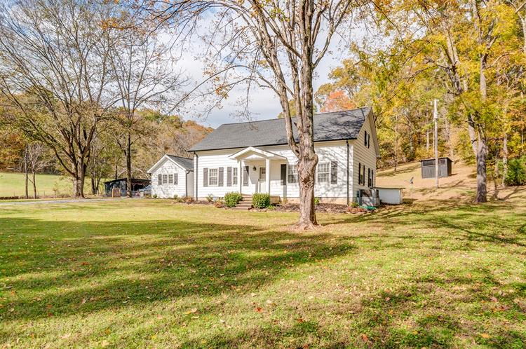 163 Meece Rd, Hampshire, TN 38461