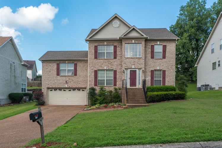 110 Marshall Greene Cir, Goodlettsville, TN 37072