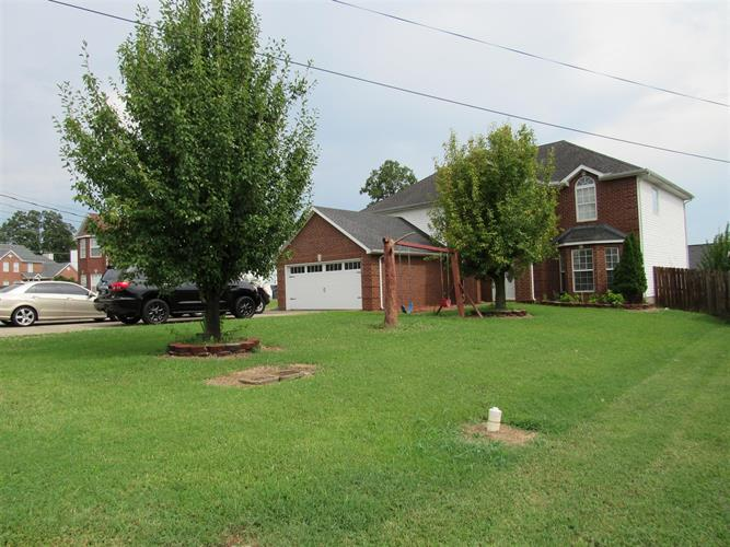 1801 Rory Cv, La Vergne, TN 37086