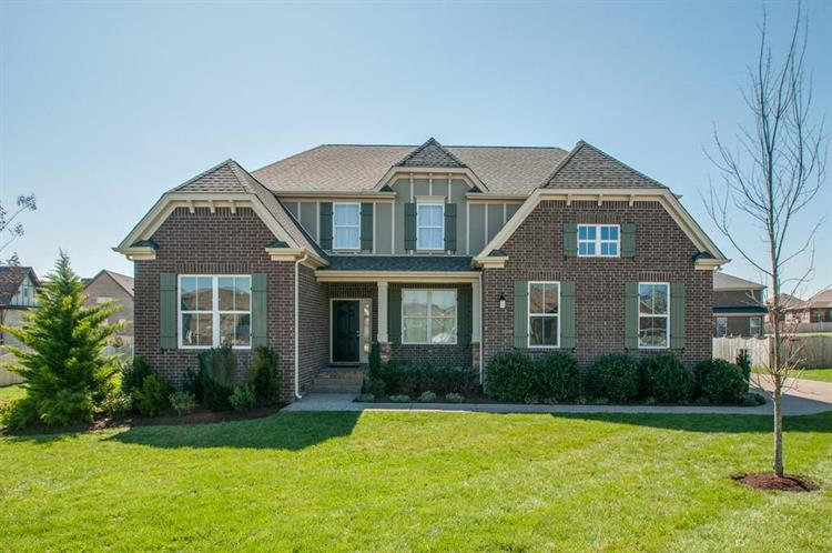 5003 Pinhill Pass, Spring Hill, TN 37174