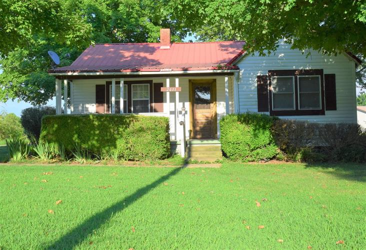 2611 Liverpool Rd, Woodlawn, TN 37191