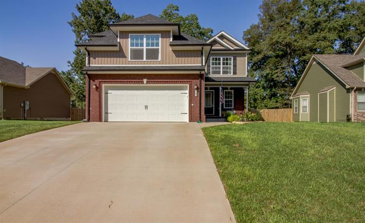 142 Sycamore Hill Dr, Clarksville, TN 37042 - Image 1