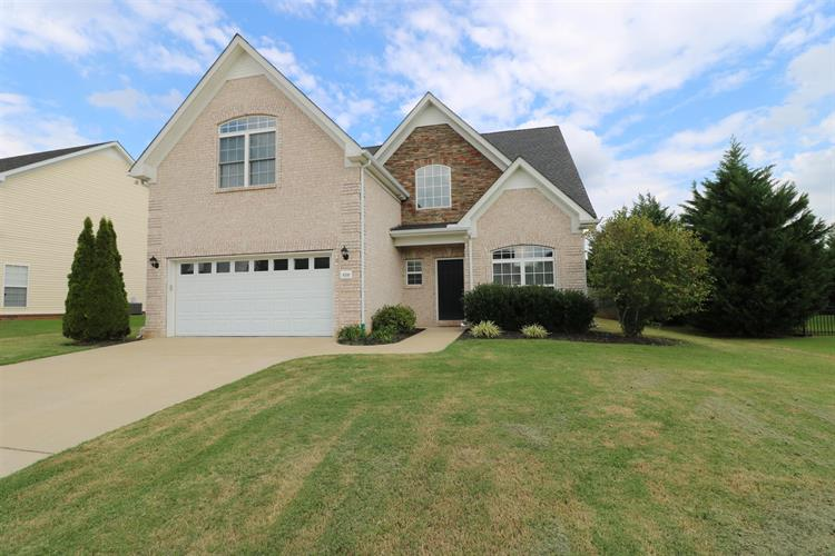 4510 Scottish Dr, Murfreesboro, TN 37128