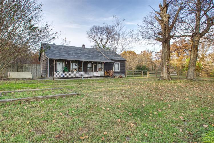5950 Pinewood Rd, Franklin, TN 37064