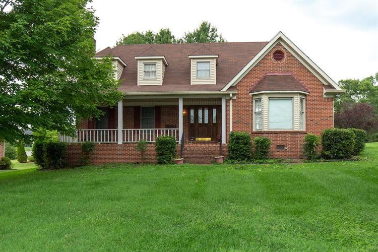 146 Stonehouse Dr, Gallatin, TN 37066 - Image 1