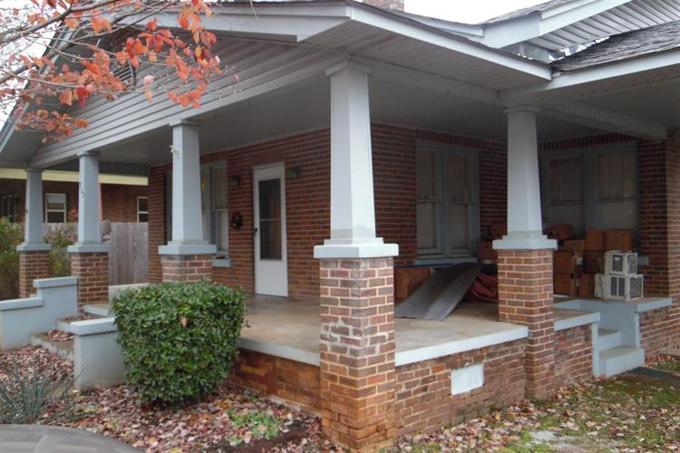 322 Nixon Ave, Lawrenceburg, TN 38464 - Image 1
