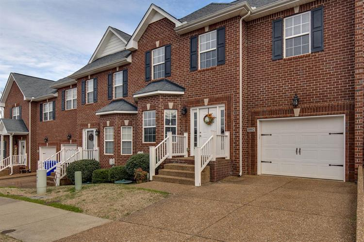 1002 Indian Ridge Cir, White House, TN 37188 - Image 1