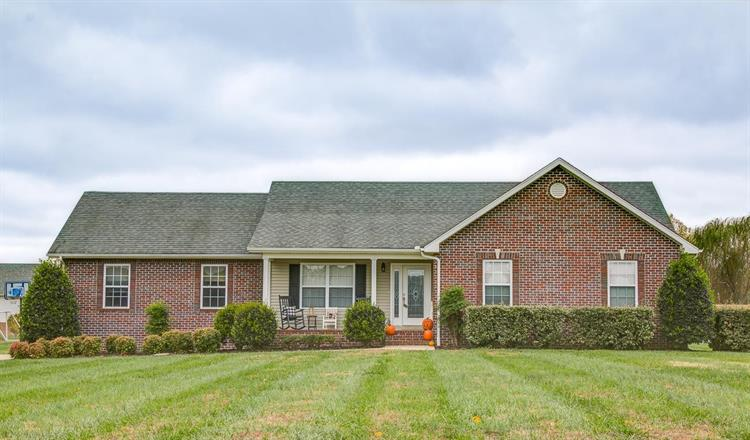 1054 Mead Dr, Ashland City, TN 37015 - Image 1