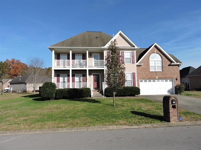 305 Landons Cir, White House, TN 37188 - Image 1