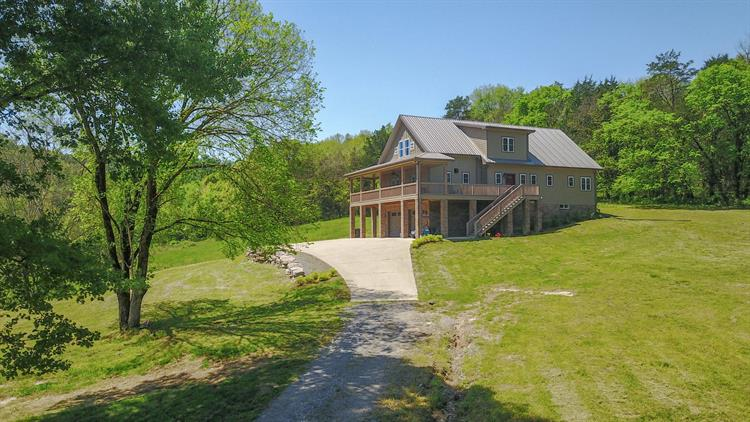 453 Herring Hollow Ln, Gainesboro, TN 38562 - Image 1