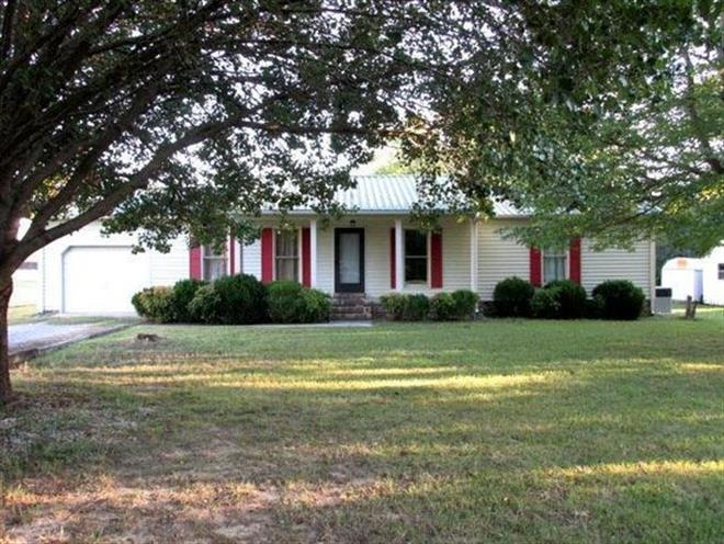 2102 Asbury Rd, Manchester, TN 37355 - Image 1