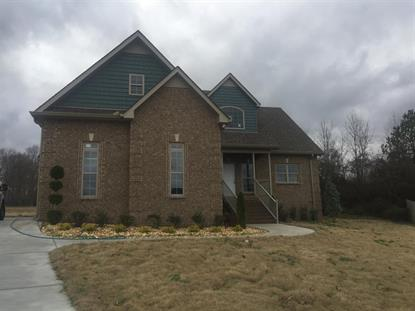 209 Hunters Ridge Dr, Tullahoma, TN
