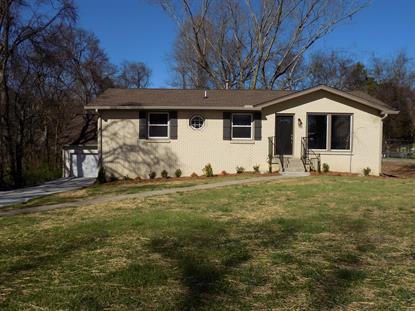 210 E Overhill Dr, Old Hickory, TN