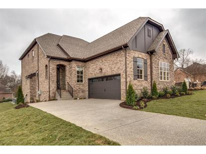 996 Golf Club Ln E #26, Hendersonville, TN