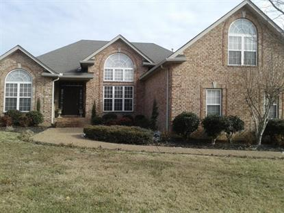 403 Lexington Dr, Lebanon, TN