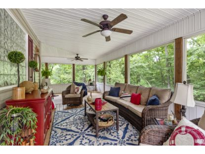 1095 Lakeview Dr  Smithville, TN MLS# 2173929