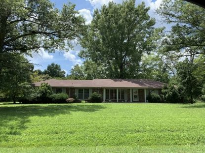 912 Beacon Dr  Clarksville, TN MLS# 2178968