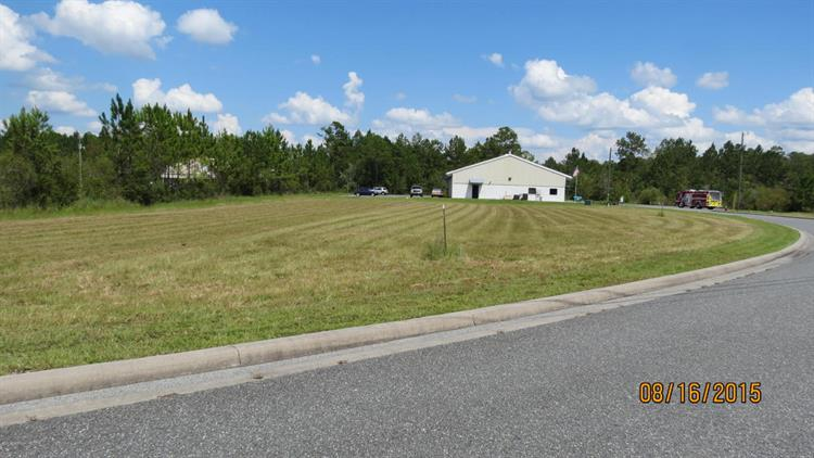 1502 CENTURY GLN SW, Lake City, FL 32025