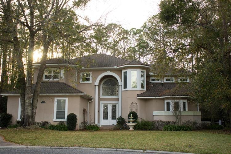 1898 COMMODORE POINT DR, Fleming Island, FL 32003