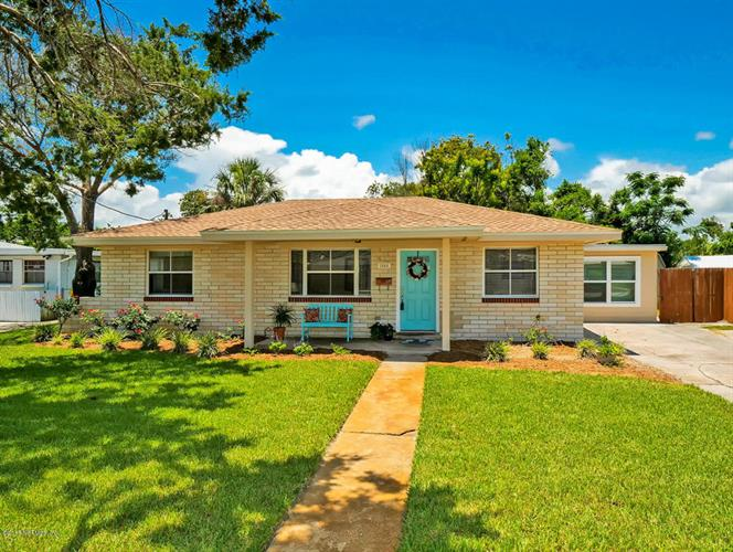 1804 10TH ST N, Jacksonville Beach, FL 32250