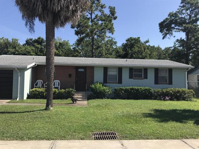 5341 BETTY ANN LN, Jacksonville, FL 32207