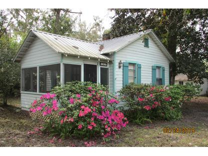 101 2ND AVE Welaka, FL MLS# 979770