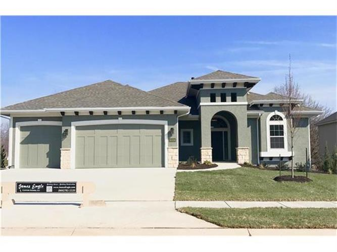 10328 W 170th Place, Overland Park, KS 66221