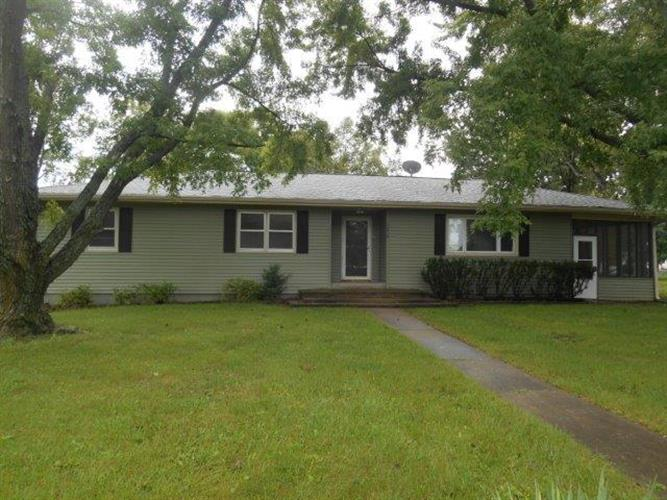 knob noster middle eastern singles Type residential, single family community knob noster county johnson mls# 1996917  directions: go north on 1001 rd to property on east side of 1001 miscellaneous information other.