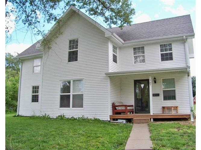707 Linn Street, Valley Falls, KS 66088