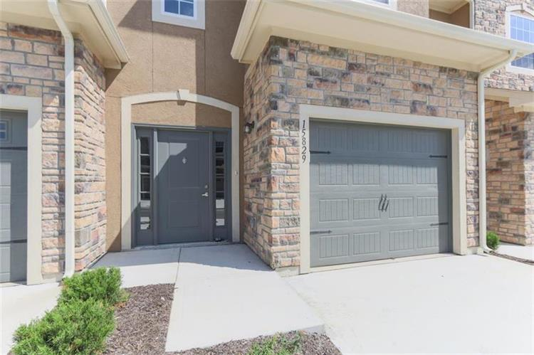15829 Valley View Drive, Overland Park KS 66223 For Sale ...