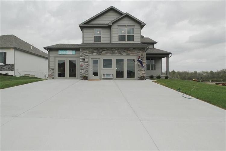 1300 NW Lindenwood Drive, Grain Valley, MO 64029 - Image 1