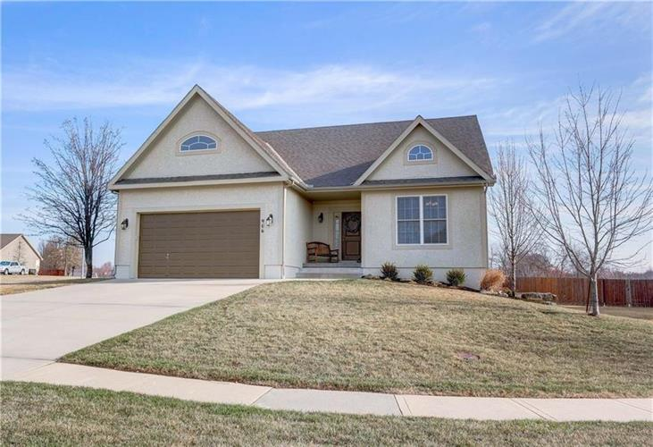 906 E Howard Place, Louisburg, KS 66053