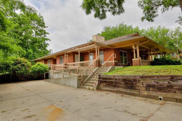 Marvelous 3219 Lexington Avenue Kansas City Mo 64123 For Sale Mls 2095518 Weichert Com Home Remodeling Inspirations Genioncuboardxyz