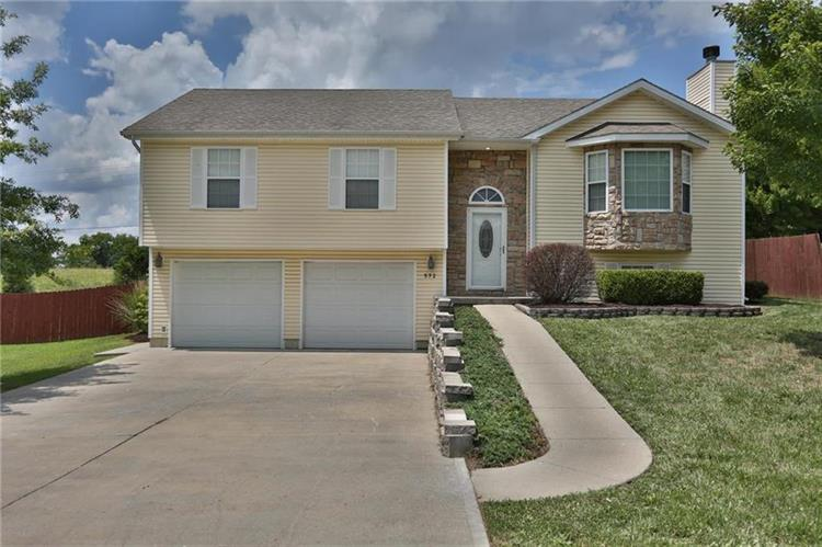 572 SE 115th Road, Warrensburg, MO 64093