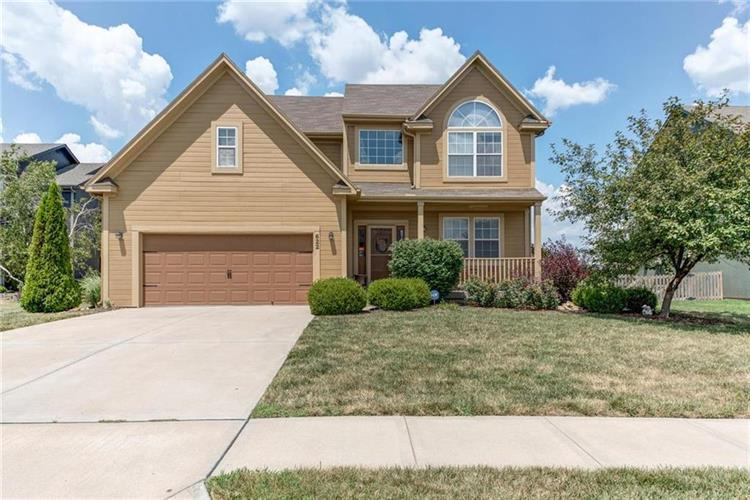 622 E Meadowlark Place, Gardner, KS 66030