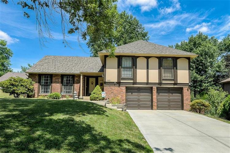 11012 W 100th Terrace, Overland Park, KS 66214
