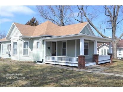 704 S Olive Street, Holden, MO