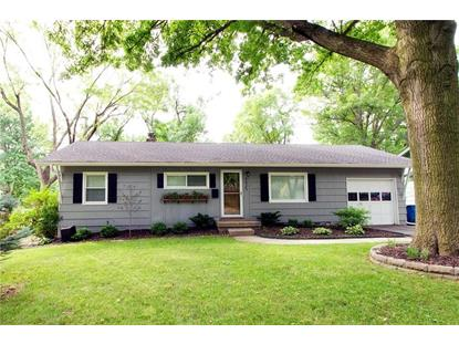 4825 W 76th Street, Prairie Village, KS