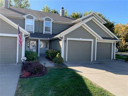 6124 NE Moonstone Court Lees Summit, MO MLS# 2195340