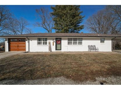513 Maple Avenue Smithville, MO MLS# 2305882