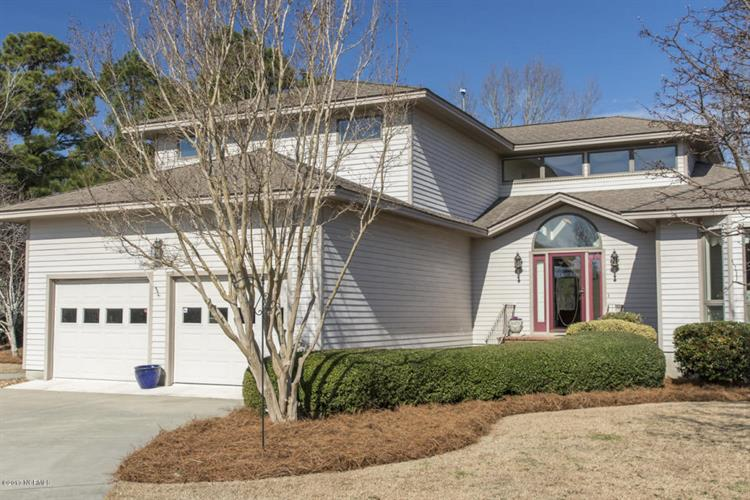 6047 Dolphin Road, Oriental, NC 28571