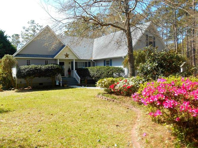 6467 Walden Pond Lane, Southport, NC 28461