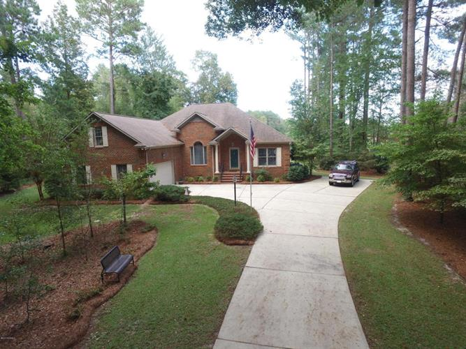 1339 Pine Valley Drive, New Bern, NC 28562