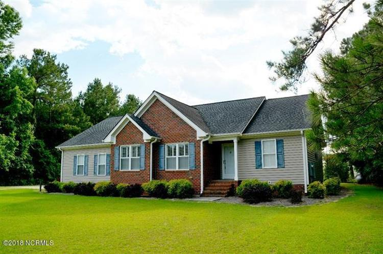117 Blue Meadow Road, Kenansville, NC 28349