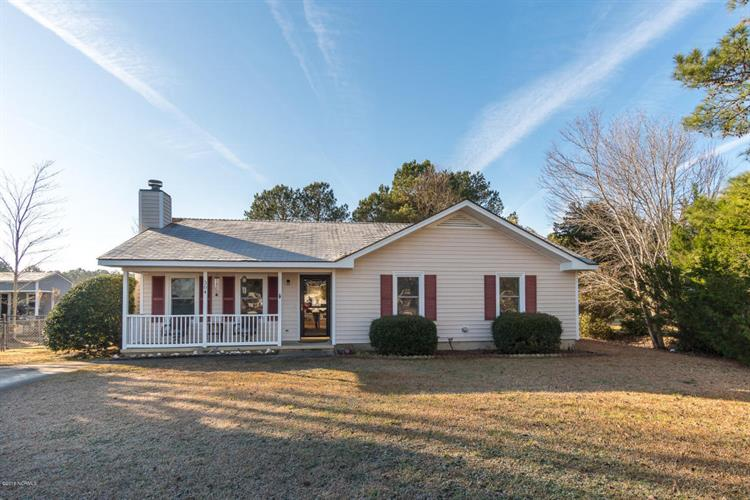 304 Mill Creek Road, Newport, NC 28570