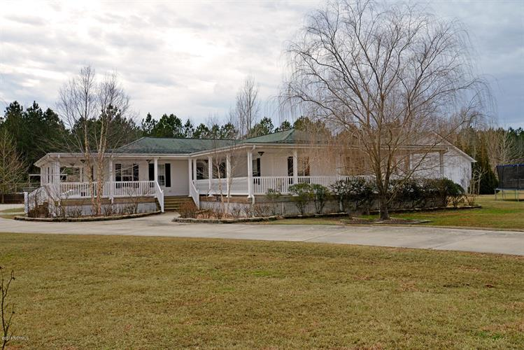 910 Mill Road, Washington, NC 27889