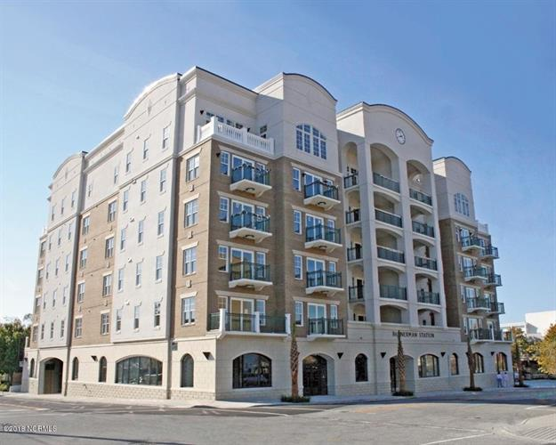 124 Walnut Street, Wilmington, NC 28401 - Image 1