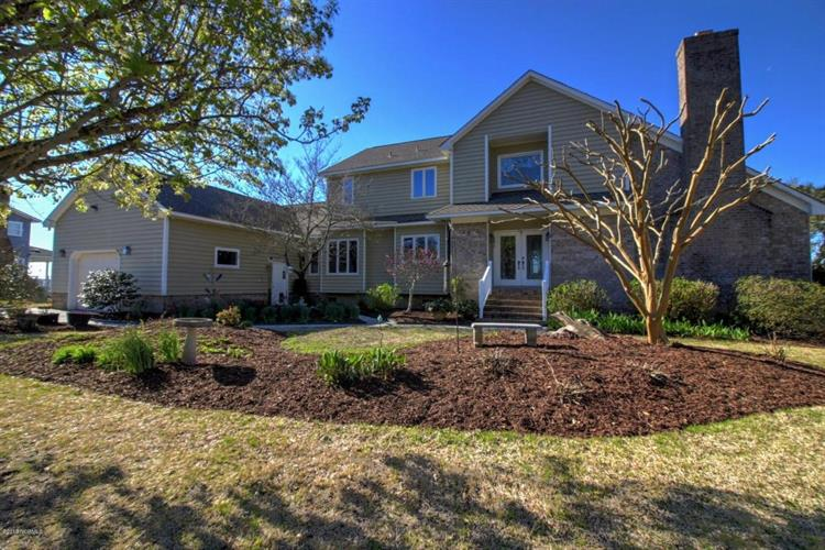 4319 Coral Point Road, Morehead City, NC 28557